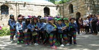 Dünya Çocuklarının Selçuk Ziyareti