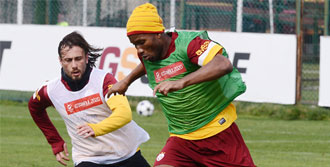Aslan, Schalke Mesaisine Başladı