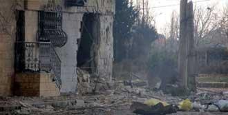 Fabrikaya Bombardıman: 20 Ölü