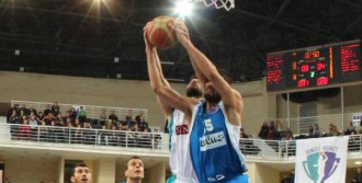 Denizli Basket Lider Oldu