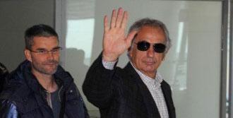 Halilhodziç Trabzon'dan Ayrıldı