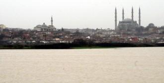 Edirne'de Nehirlerin Debileri Düşüyor