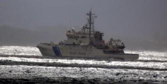 Ege'de Mülteci Teknesi Battı: 8 Kayıp