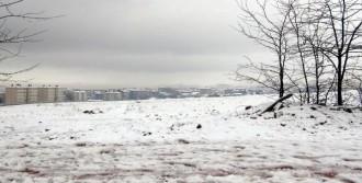Elazığ'da 146 Köy Yolu Kardan Kapandı
