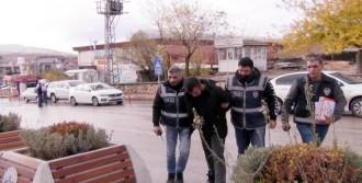 Dolandırdı İstanbul'da Yakalandı
