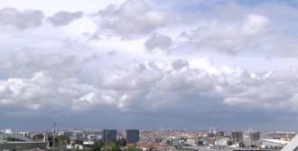Elektrik Yüklü Bulutlar Hava Trafiğini Etkiledi
