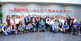 Engelleri Aşan Film Balçova'da