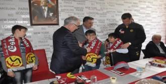 Engelli Ve Kimsesiz Çocuklar Eskişehirspor Tesislerinde