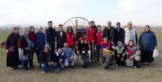 Engelliler Paramotorla Uçtu