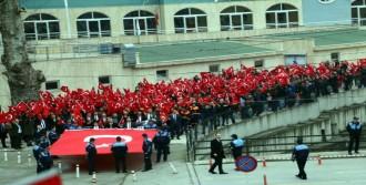 Ereğli'de Şehitlere Saygı Yürüyüşü