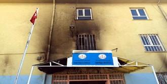 Ergani'de Okula Molotoflu Saldırı