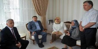 Eroğlu'ndan Suriyelilerle İlgili Açıklama