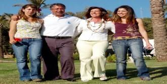 Ersun Yanal Bodrum'da Nişanlandı