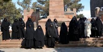 Ağa Köyü Kadınlarından Tarihi Gezi