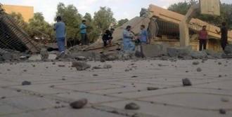 Esed Güçleri Hastaneye Saldırdı