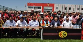 Eskişehirspor, Sergen Yalçın'la Sözleşme İmzaladı