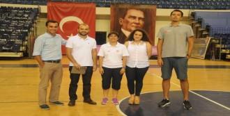 Pınar Karşıyaka'ya Salon Denetlemesi