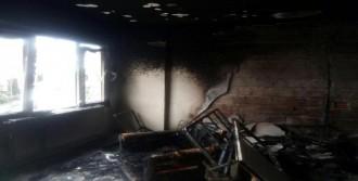 Ev Sahibiyle Kavga Edince Evi Ateşe Verdi