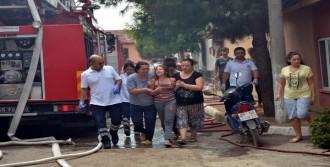 Evdeki Tüp Bomba Gibi Patladı: 4 Yaralı