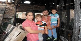 Evleri Yanan Çift 2 Çocukla Ortada Kaldı