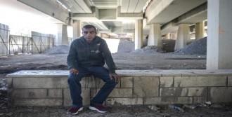 Evsize Verilen 'Ev Hapsi' Kaldırıldı