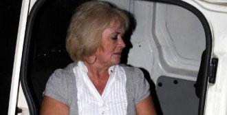 Kapkaç Mağduru İngiliz Kadın Markete Sığındı