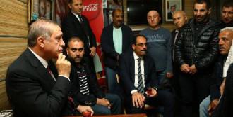 Erdoğan, Minibüsçülerle Çay İçti