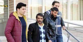 Kırıkkale'de 2 Sokak Satıcısı Tutuklandı