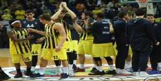 Fenerbahçe: 67 - Olympiakos: 64