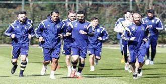 Emre Belözoğlu Takımla Birlikte Çalıştı