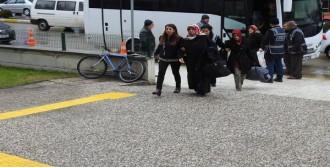 FETÖ'nün 'İl Ablaları' Adliyeye Sevk Edildi