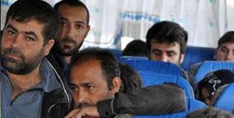 41 Suriyeli, Geçici Barınma Merkezine Gönderildi