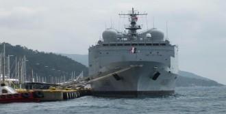 Fransız Askeri Yakıt Gemisi Marmaris'te