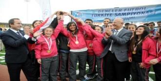 Amasya ve Trabzon Türkiye Şampiyonu