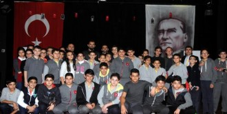 Gaziantepsporlu Futbolcular Öğrencilerle Buluştu