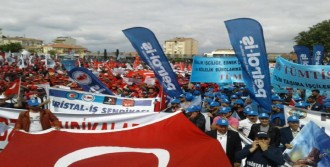 Gebze'de 1 Mayıs Kutlamasına 5 Bin Kişi Katıldı