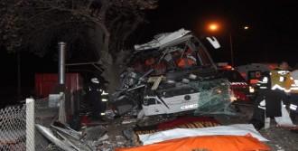Feci Kaza: 11 Ölü, 46 Yaralı