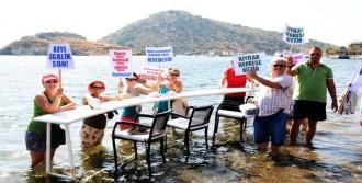 'Sahiller Kıyılar Bizim İşgale Son' Eylemi