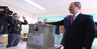 Güney Kıbrıs Cumhurbaşkanını Seçmek İçin Sandığa Gitti