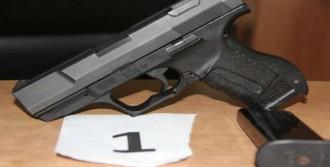 Habur'da Kaçak Silahlar Ele Geçirildi