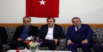 Hakan Çavuşoğlu: Tüm Türkiye'nin Evladıdır