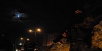Hakkari'de 400 Polisle Huzur Uygulaması