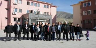 Hakkari'de KCK Duruşması Ertelendi