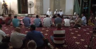 Hala Sultan Türbesi'nde İlk Dua