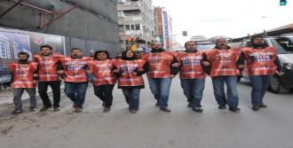 AK Parti İl Binasına Yürüdüler