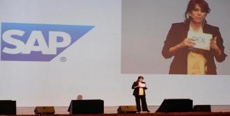 Hepsiburada.com'un Başarısını Anlattı