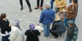 Bayılan Köpeğe Yardıma Koştular