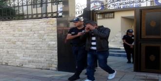 Göçmen Kaçakçılığından Tutuklandılar