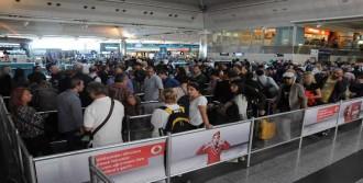 Havalimanında Bayram Yoğunluğu