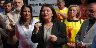 Kemalbay, Tunceli'de Aşure Dağıttı